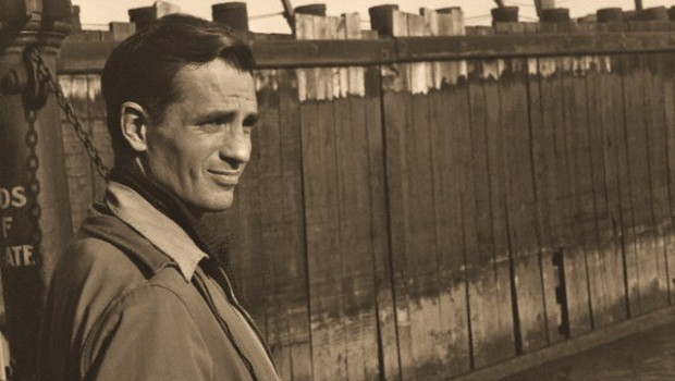September 1963, Staten Island, New York, New York, USA --- Jack Kerouac waits for a ferry at a dock in Staten Island. --- Image by © Allen Ginsberg/CORBIS
