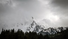 Clouds_over_Killer_Mountain_-_Nanga_Parbat_(8,126_metr)